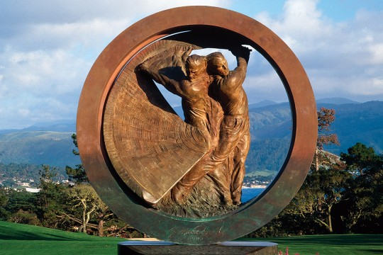 contemporary figurative sculpture